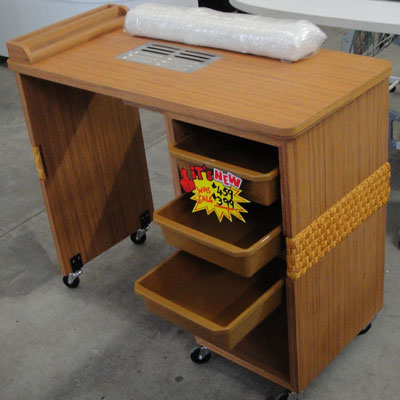 MD3 - Manicure table