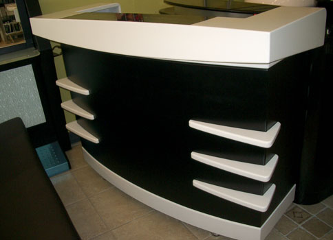R9 - Reception Desk Front